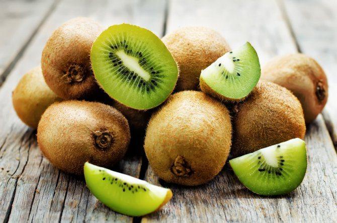 fruta en madera