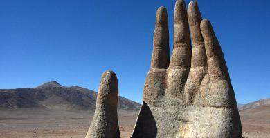 mano gigante