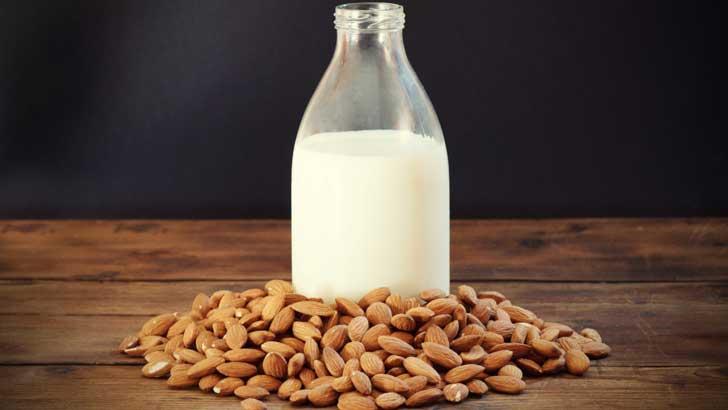 almendras y leche