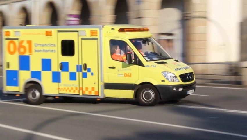 ambulancia amarilla