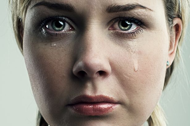 mujer llorando