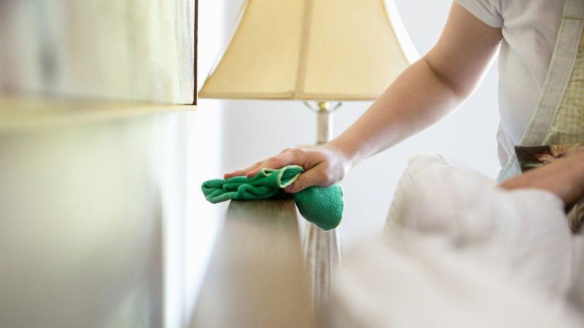 limpiando casa
